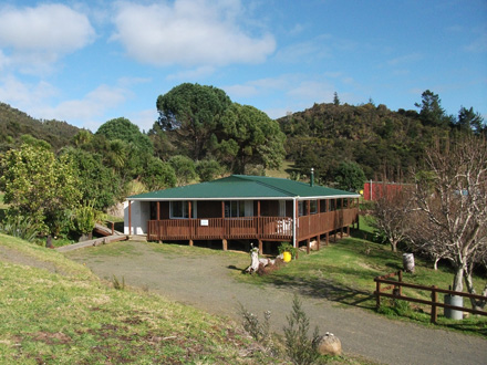 Okopako Lodge in the Hokianga rural eco farm backpackers & camping